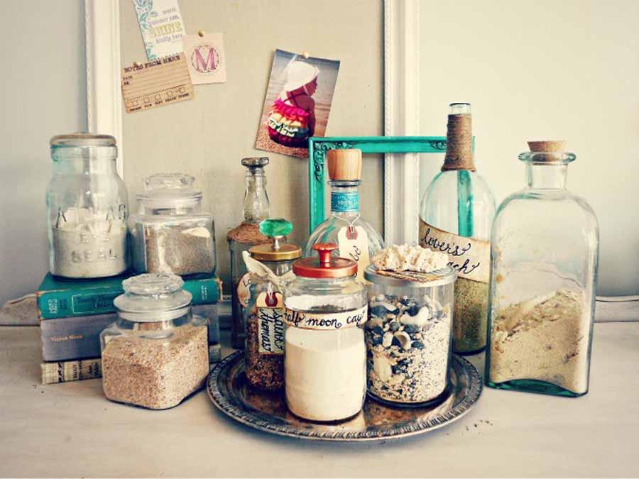 6 Brilliant Ways To Decorate With Travel Memorabilia - The HipVan Blog
