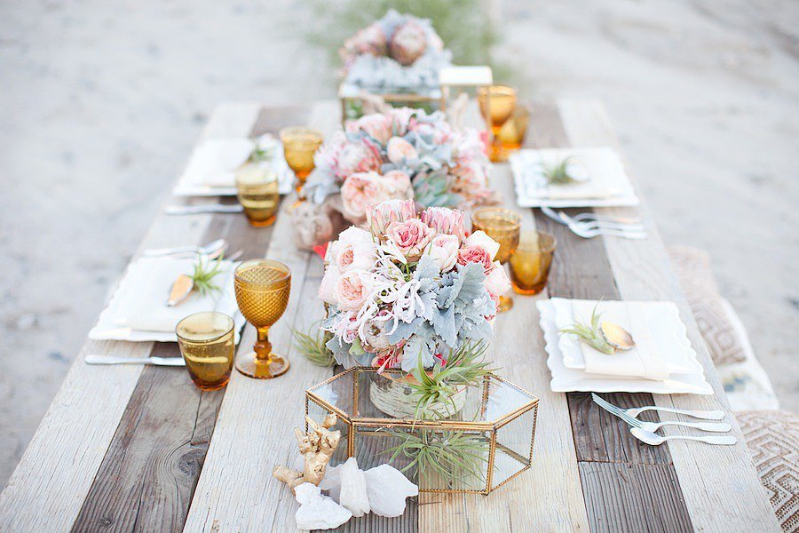 How To Achieve This Look Fresh Flowers Are Classic Table Centerpiece Decorations If Youre Short On Time Dont Be Afraid Buy Flower Bouquets From The