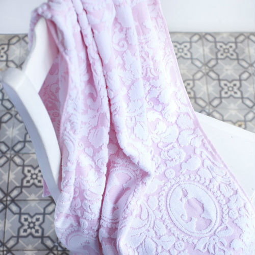 PiP's Classic Towel - Pink