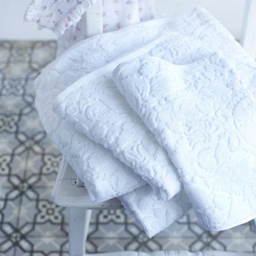 PiP's Classic Towel - White