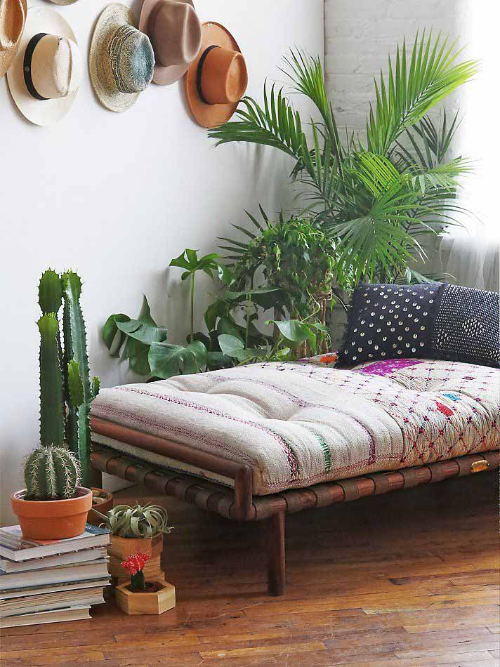 Must-See Trend: 11 Surprising Things You Can Hang On Your Wall - The HipVan Blog
